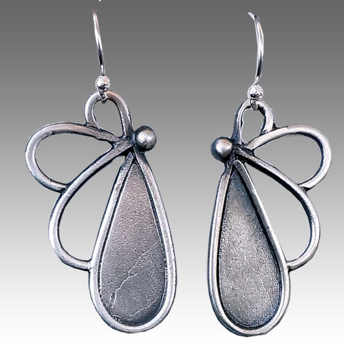 Julia Britell ERs Teardrops JE2718 SOLD