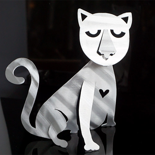 Metal Petal Cat Sitting DF856