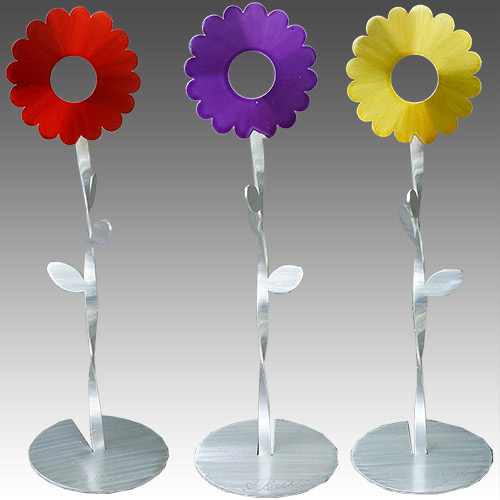 "Metal Petal Dancing Flowers 7.5"" Tall DF863"