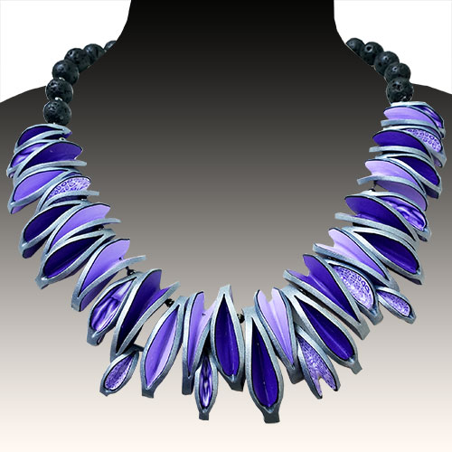 Wiwat Mixed Media Statement Necklace Leaves JN1859